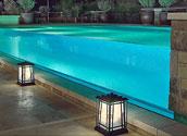 Прозрачное остекление мраморного бассейна