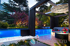 Барная стойка в бассейне