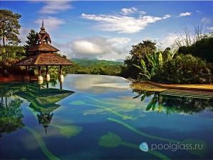 Бассейн-инфинити в Таиланде