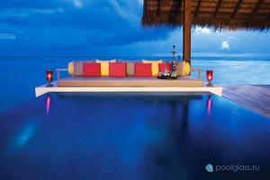 Инфинити бассейн на Мальдивах