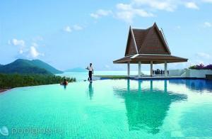 Бесконечный бассейн в Таиланде
