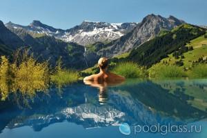 Бесконечный бассейн в Швейцарии