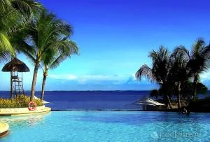 Бескрайний бассейн на о. Маткан, Филиппины